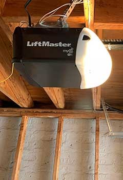 Garage Door Opener Replacement In Swann Estates Home